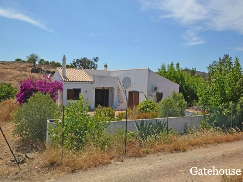 2 Bedrooms House With A Ruin Sale In Tavira