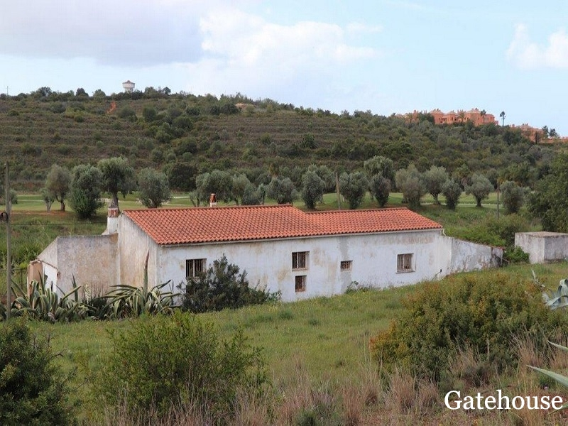 5 Bedroom Property For Sale In Alcantarilha On A Golf Course