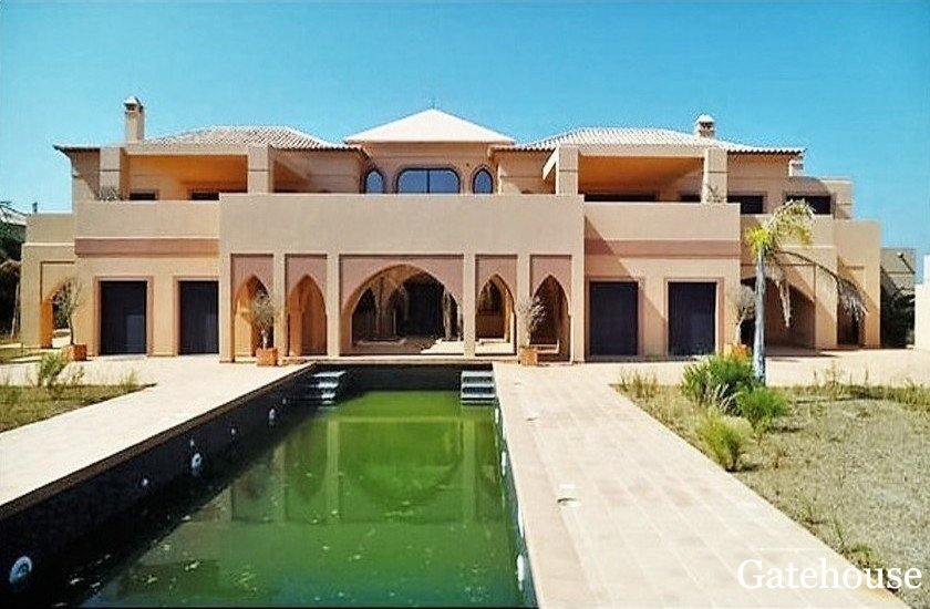 West Algarve Bank Repossession Arabian Villa For Sale in Lagos