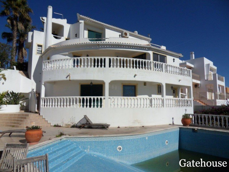 Albufeira Algarve Bank Repossession With 4 Bed