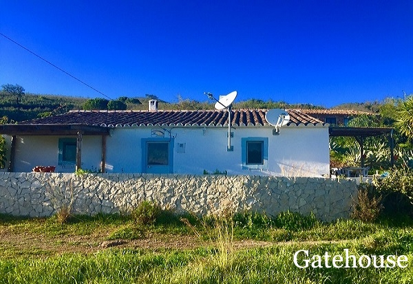 Algarve 1 Bed Rustic House With Annex For Sale In Santa Catarina