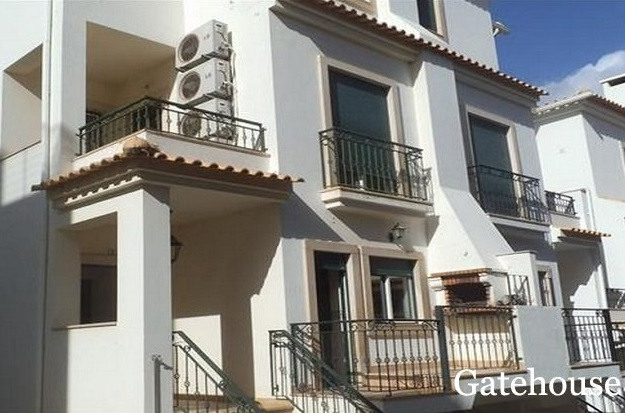 Algarve Bank Repossession 3 Beds Townhouse For Sale Near The Beach