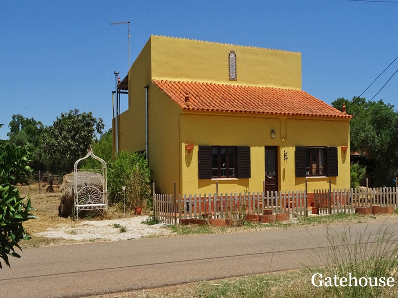 Algoz Bargain Property With Land For Sale Algarve