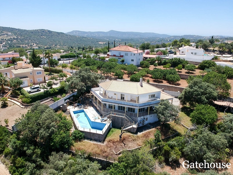 Bank Repossession – 5 Bed Detached Villa With Pool For Sale In Sao Bras