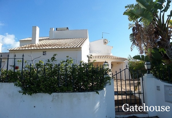 Bank Repossession - 5 Bed Villa With Pool For Sale In Albufeira