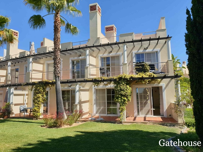 Bank Repossession Townhouse In Vila Sol Vilamoura