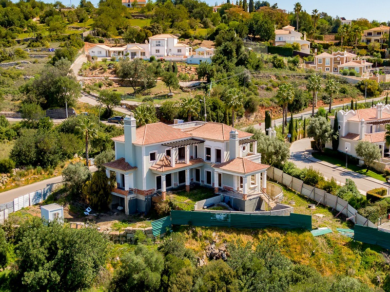 Bank Repossession Unfinished Villa For Sale In The Crest Almancil Algarve