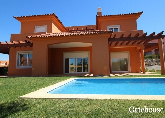 Bank Repossession – Vilamoura 3 Bed Villa For Sale