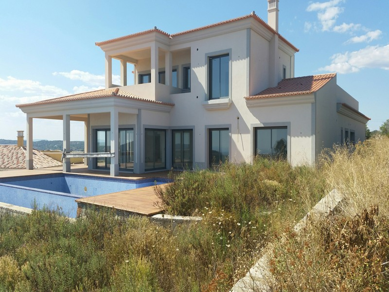 Bank Repossession Villas For Sale St Barbara de Nexe