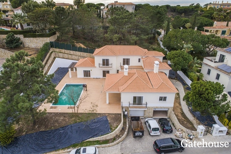 Bank Sale – 5 Bed Villa For Sale In Quinta do Lago