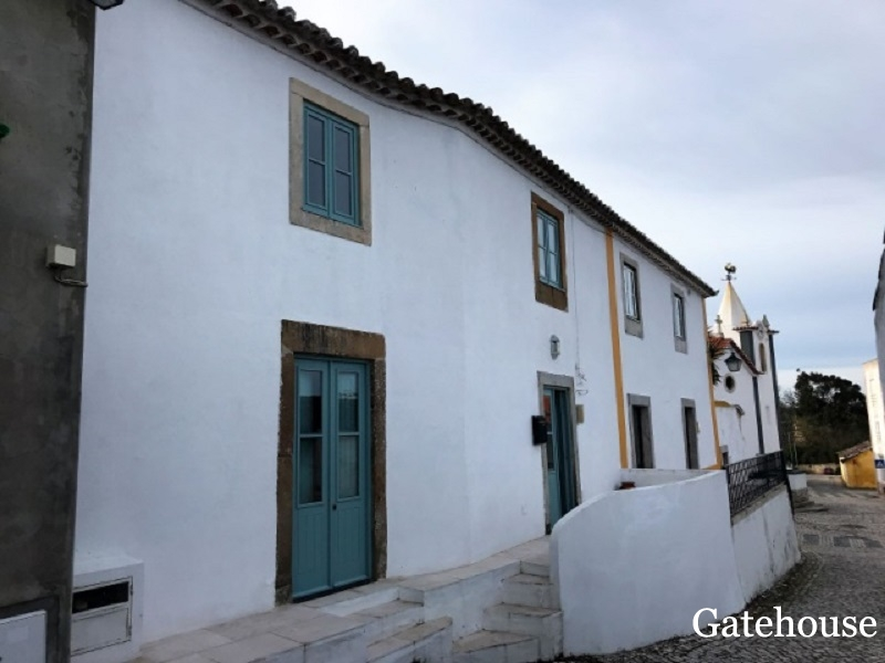 Bargain 3 Bed Townhouse For Sale In Obidos