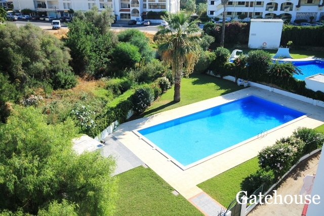 Bargain Apartment With Pool For Sale In Albufeira