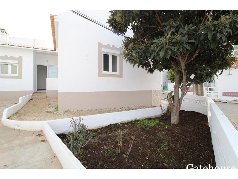 Bargain Property With 2 Bed For Sale In Portimao