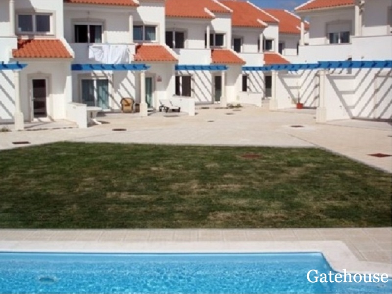 Bargain Sea View Townhouse For Sale In Nazare