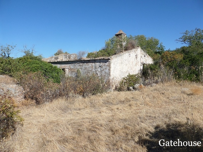 Building Plot With Ruin And Sea Views For Sale In Sta Barbara