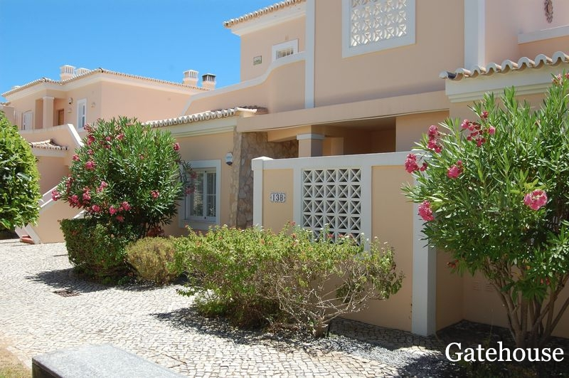 Carvoeiro 3 Bed Apartment With Sea Views For Sale