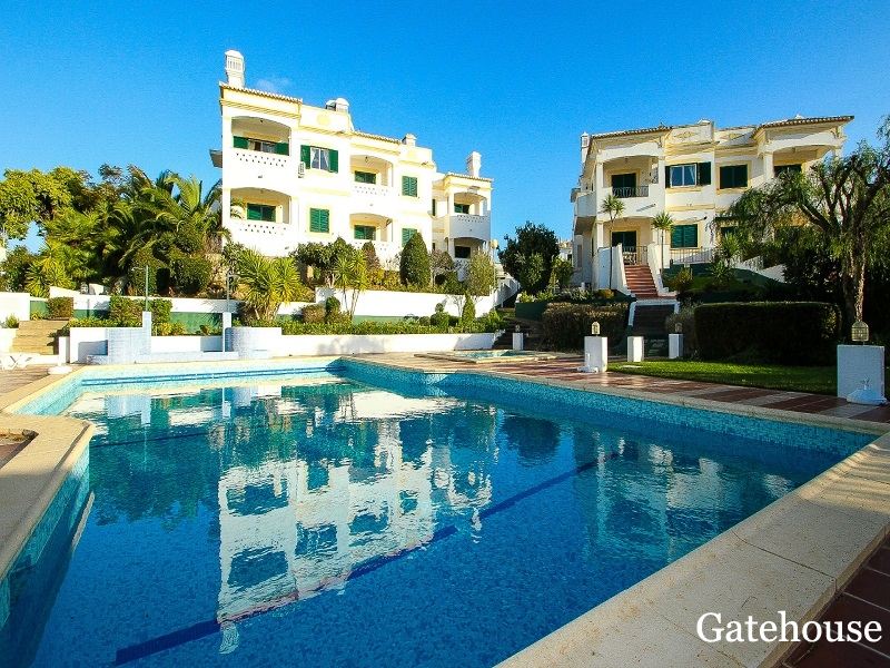 Carvoeiro Bargain Apartment With 2 Bed For Sale