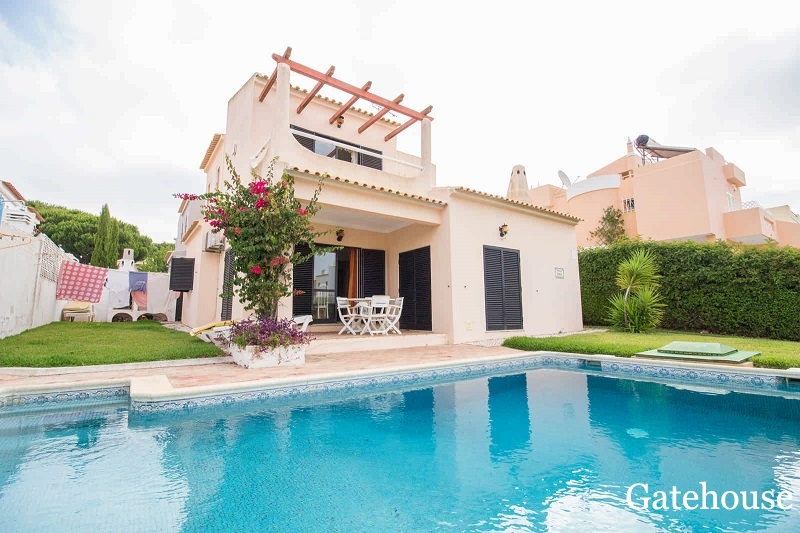 Distressed Property With Pool For Sale In Vilamoura Algarve