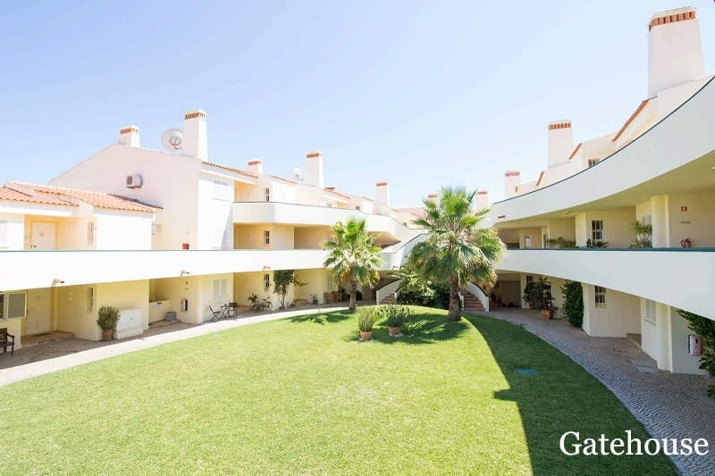 Golf Property For Sale In Quadradinhos Vale do Lobo