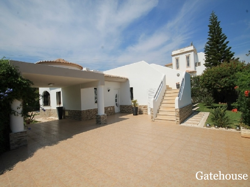 Good Price - 3 Bed Detached Villa With Pool For Sale Near Albufeira