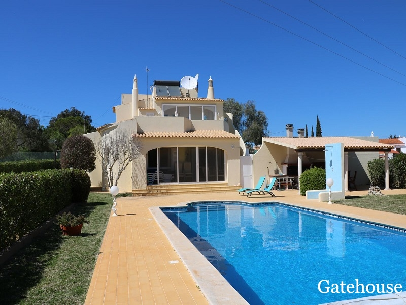 Good Price - 3 Bed Villa With Sea Views For Sale In Carvoeiro