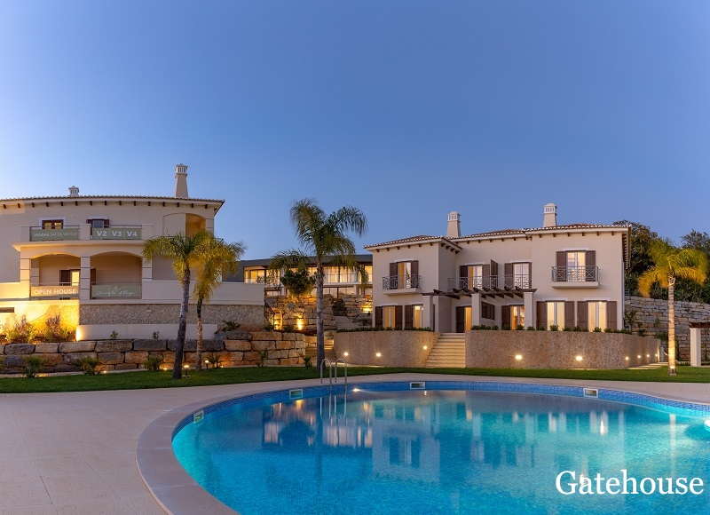 Luxury Linked Property For Sale In Albufeira