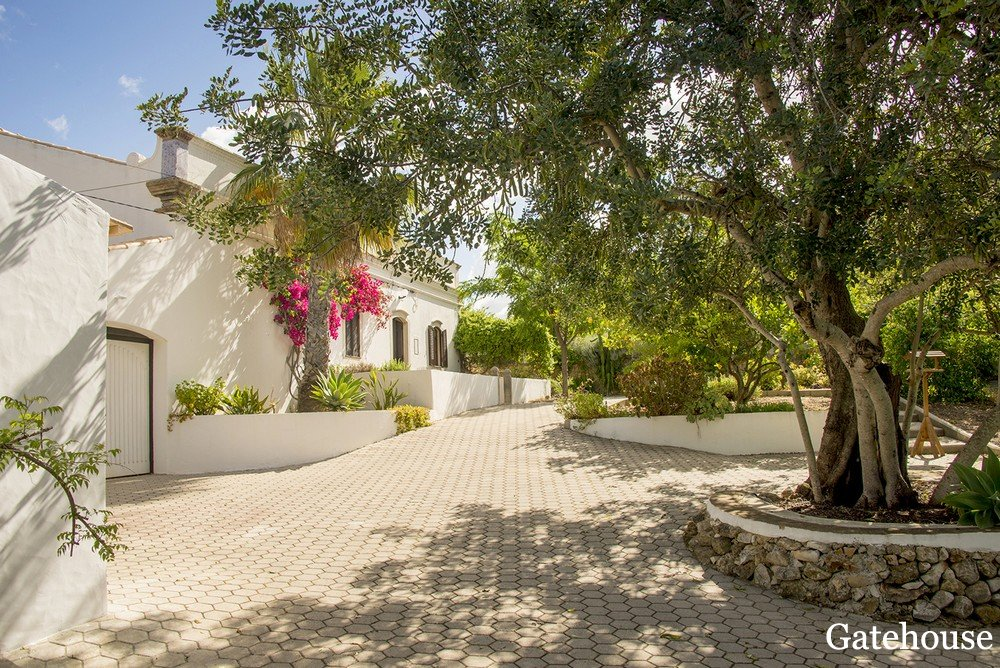 Portugal Rustic Property For Sale