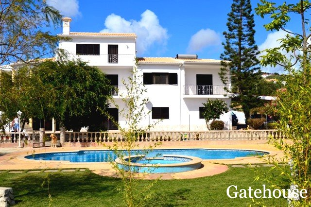 Property For sale In Boliqueime Portugal