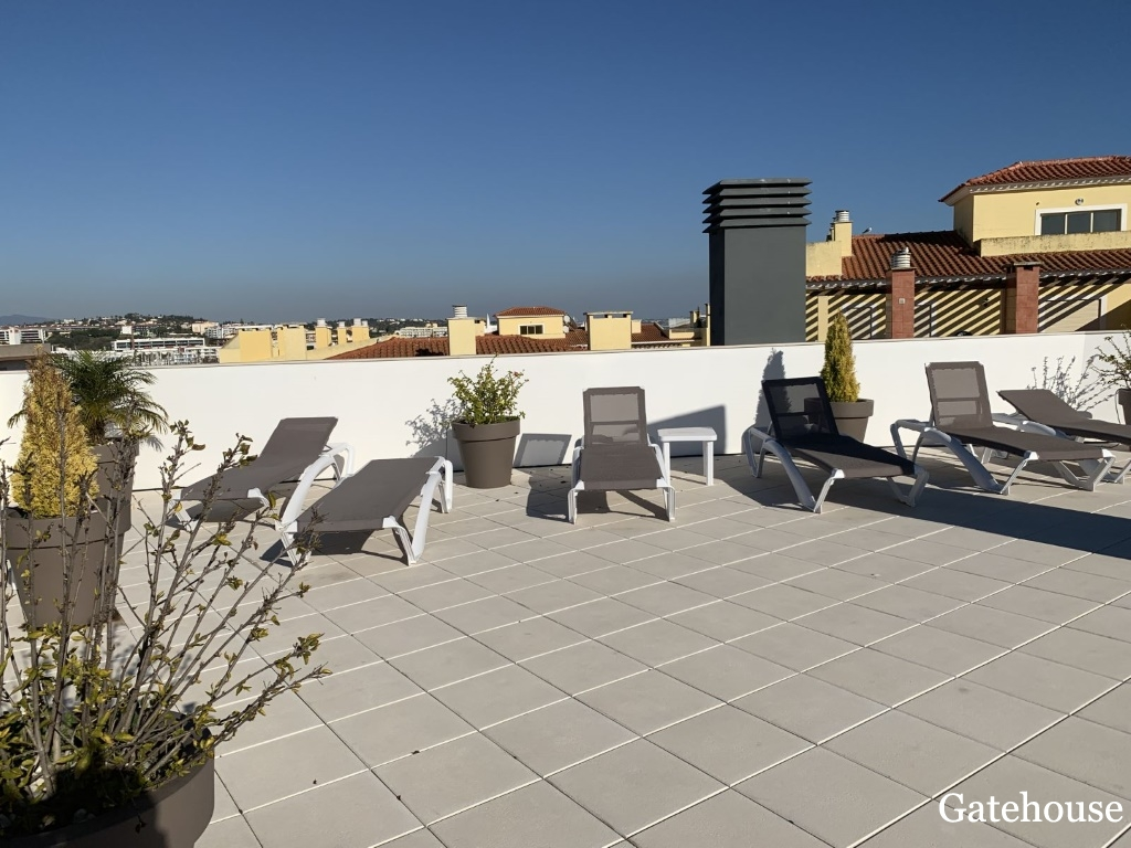 Reduced 2 Bed Apartment For Sale In Lagos Algarve