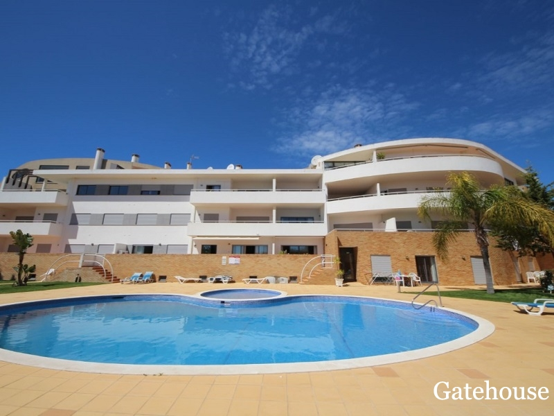 Reduced 4 Bed Property Investment In Lagos Algarve