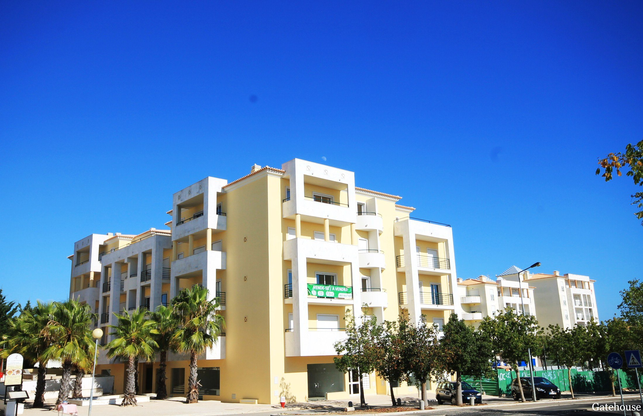 Repossessed villas, apartments, Algarve, Portugal. Bank ...