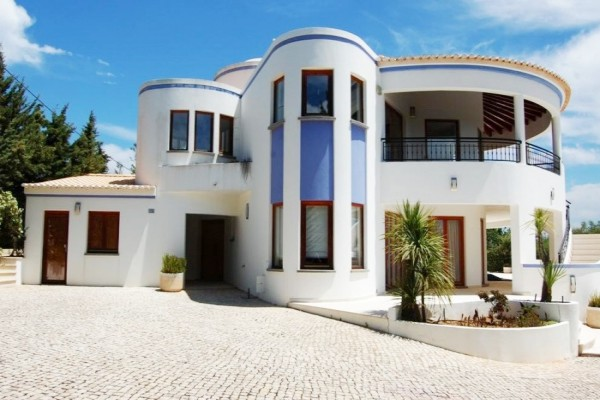 Bank Repossession In Lagos For Sale Portugal