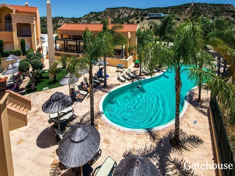 Bank Sale Apartment In Praia da Luz