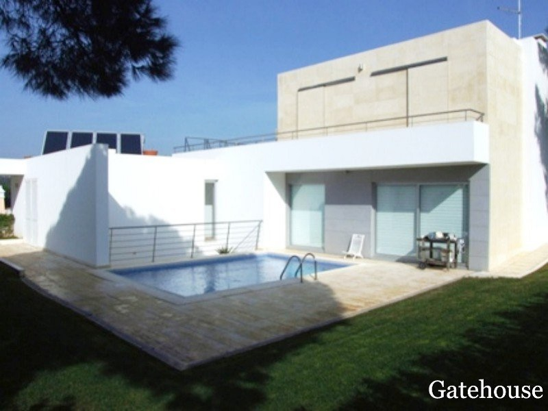 Bargain 11 Bed Guesthouse Bed and Breakfast In Algarve