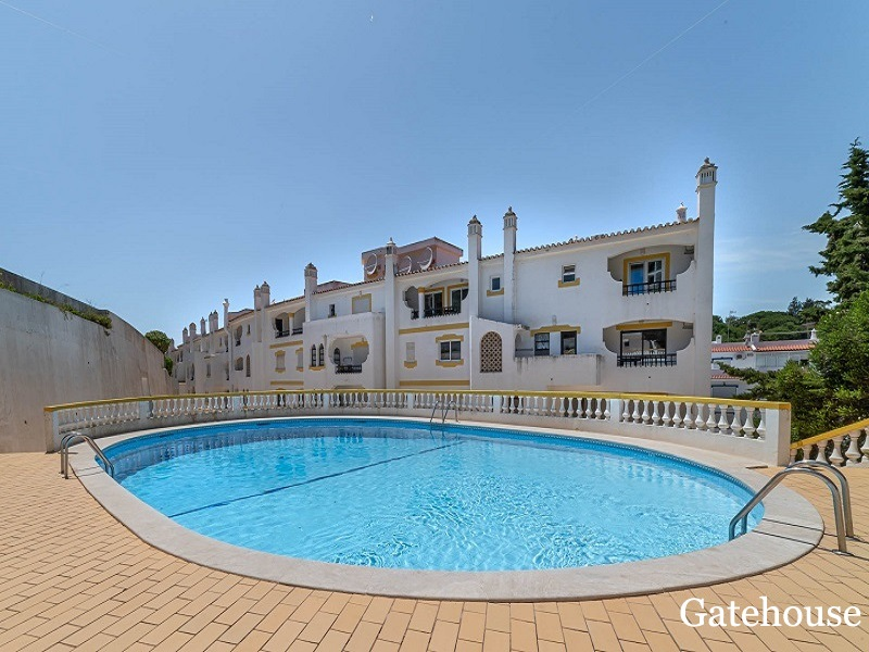 Bargain 2 Bed Apartment in Carvoeiro Algarve