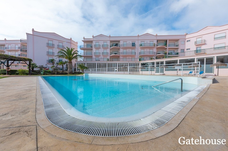 Bargain 2 Bed Sea View Apartment In Lagos Algarve