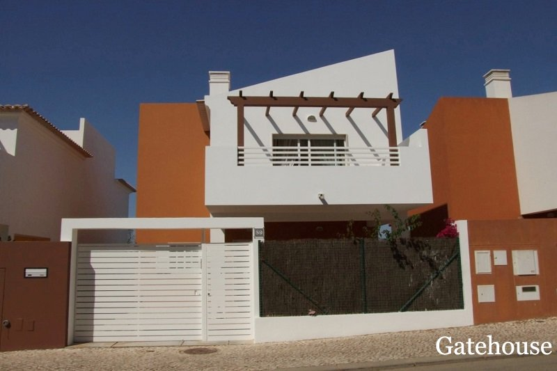 Bargain 3 Bed Villa With Pool In Tavira East Algarve