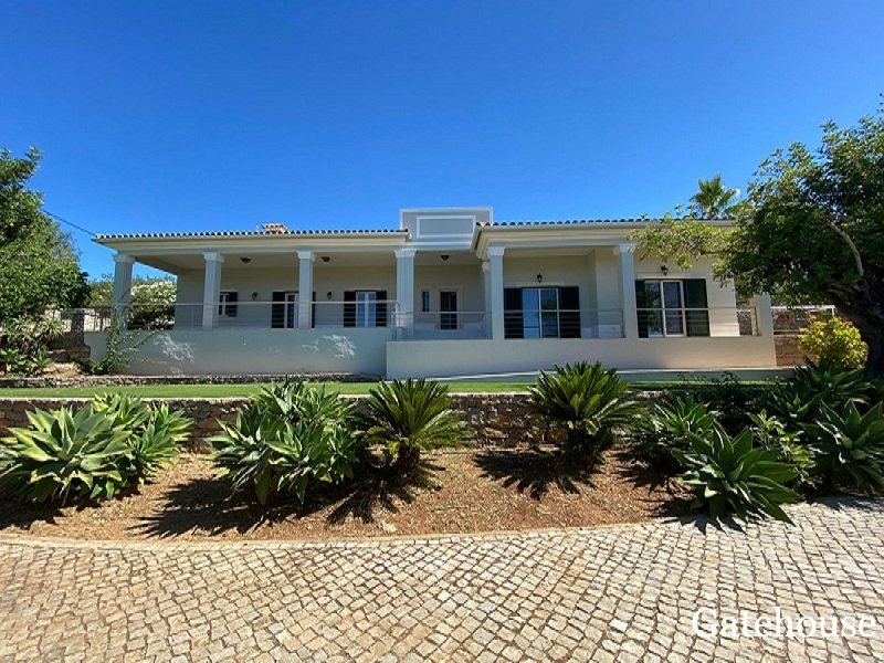 Bargain 5 Bed Villa With Annexe In Sao Bras East Algarve