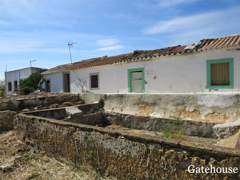 Bargain Property Renovation In Tavira Algarve