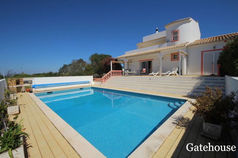 Bargain Sea View 3 bed Villa In Luz Algarve