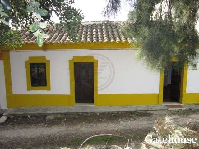 Cheap cottages for sale gatehouse international portugal for Cheap cottages