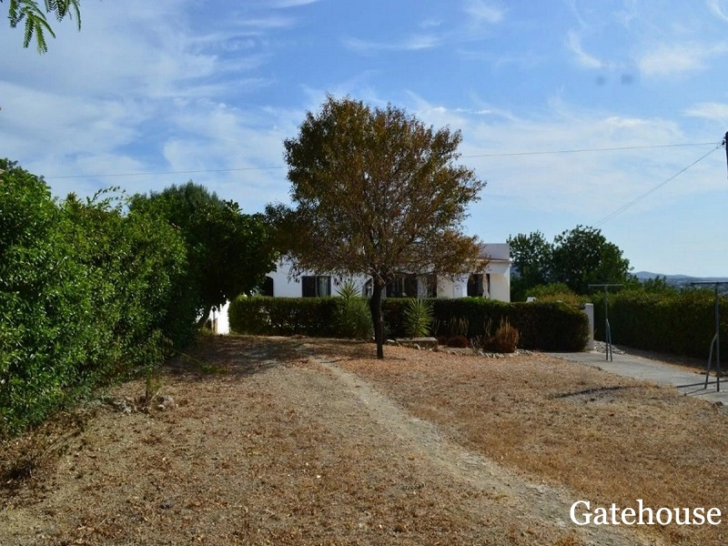 Bargain 3 Bed Villa in Loule Algarve