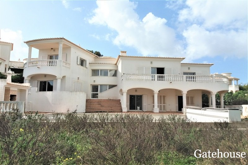 Parque de Floresta Bank Repossession For Sale In Algarve