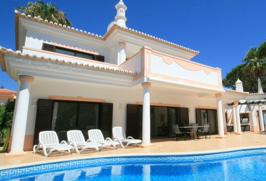 Reduced Villa In Vale do Lobo Algarve