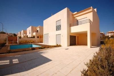 Villas For Sale By Bank In Albufeira Algarve