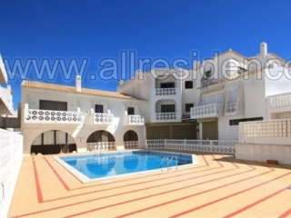 Albufeira €133,000Bargain PropertySea view apartment with 1 bed 1 bath with shared pool…