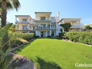 Quinta do Lago €345KBargain PropertyGolf apartment with 2 beds, 3 baths with shared swimming pool …