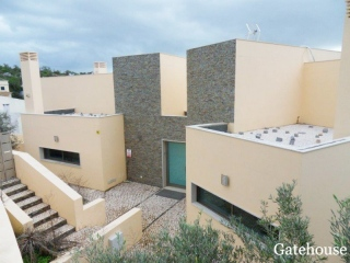 Moncarapacho €385,000Bank RepossessionContemporary modern 4 bed 4 bath villa with swimming pool…