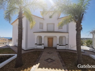Albufeira €1 MillBank RepossessionSea view villa with 4 beds & 3 baths with swimming pool…