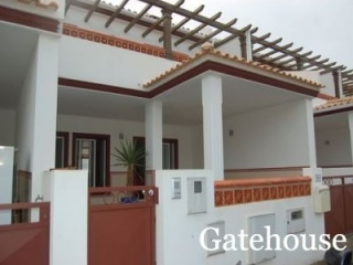 Burgau €210,000Bargain PropertyTownhouse with 3 beds 3 baths villa with its own plunge pool…
